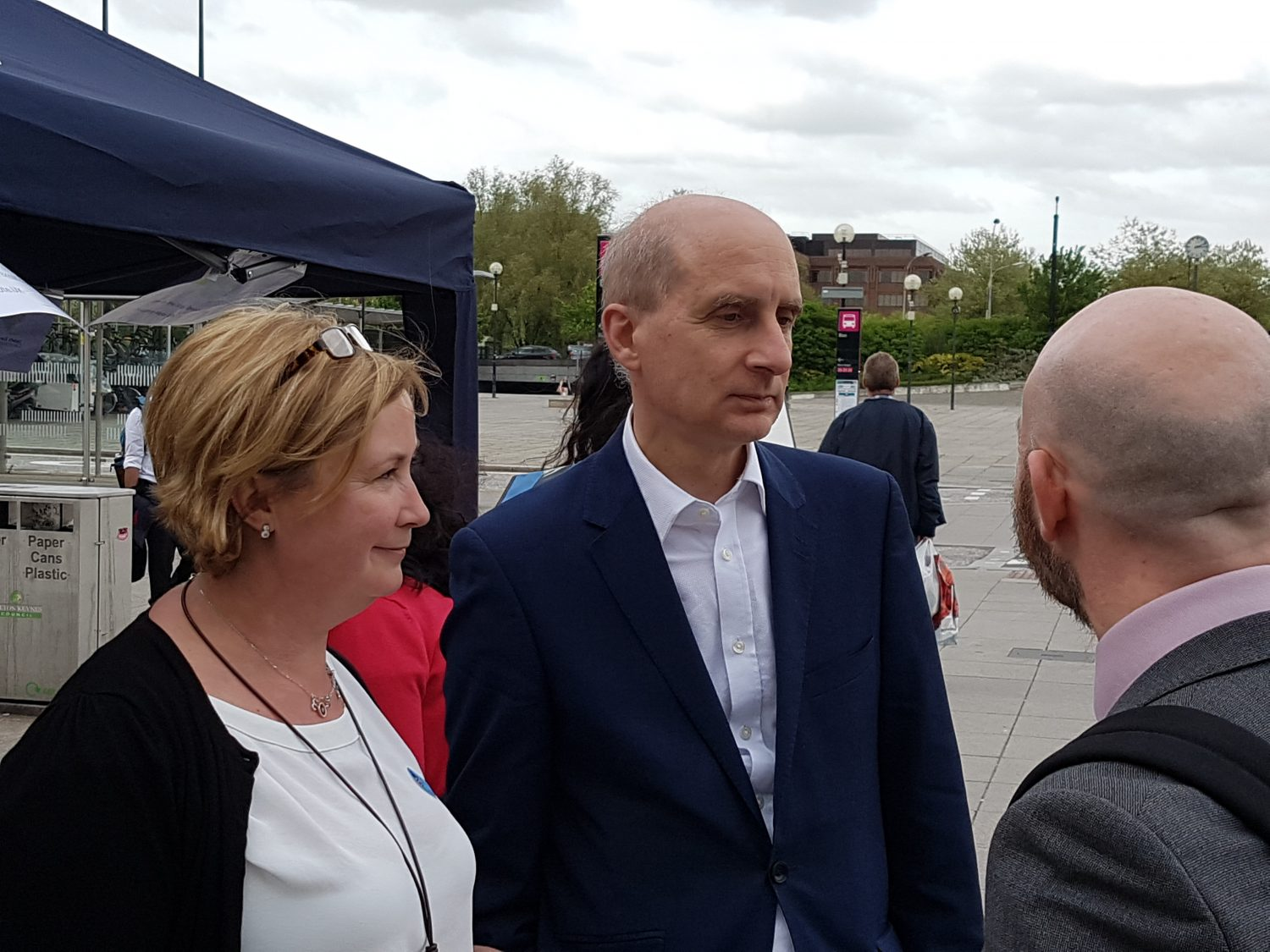 Juliet Smith and Lord Adonis at European Movement street event Milton Keynes