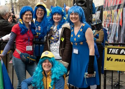 The ladies go all blue for the EU