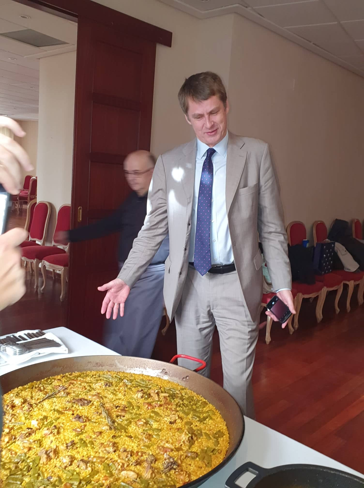 Hugh and the Paella Valenciana